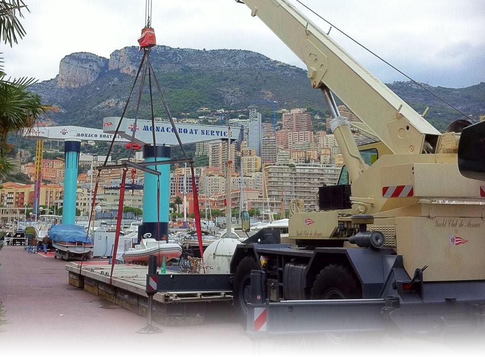 2011Invention par Frédéric Marantier du concept de ponton mobile auto-moteur